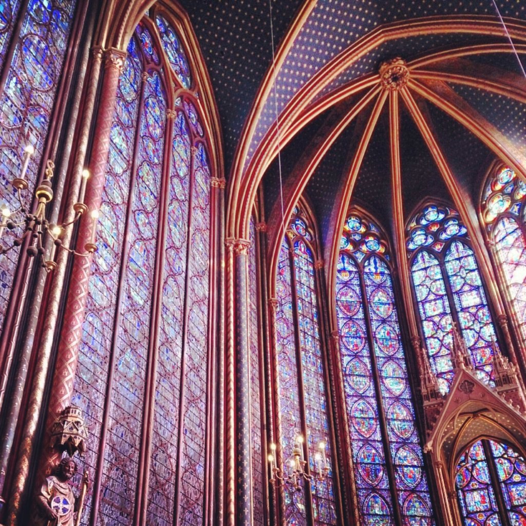 Inside the Sainte-Chapelle - Isn't beautiful!