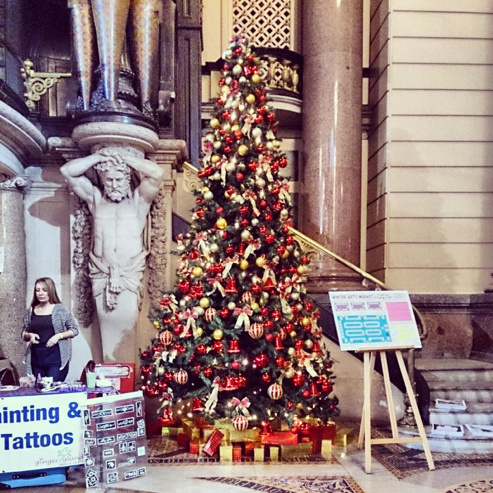 Christmas Tree at St George's Hall, Liverpool.