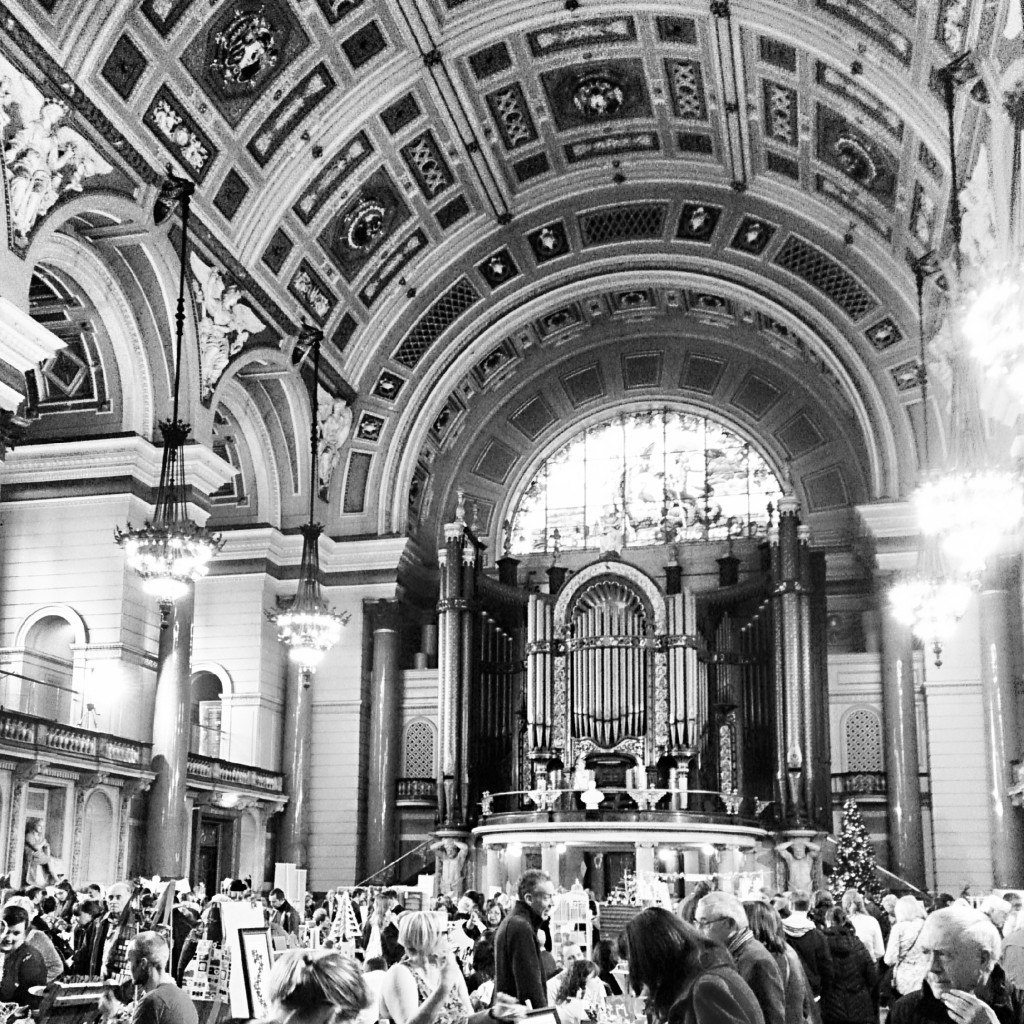 Me and my Mum went to Winter Arts Market at St George's Hall in Liverpool this Sunday. Some of the cutest handmade gifts and vintage clothing.