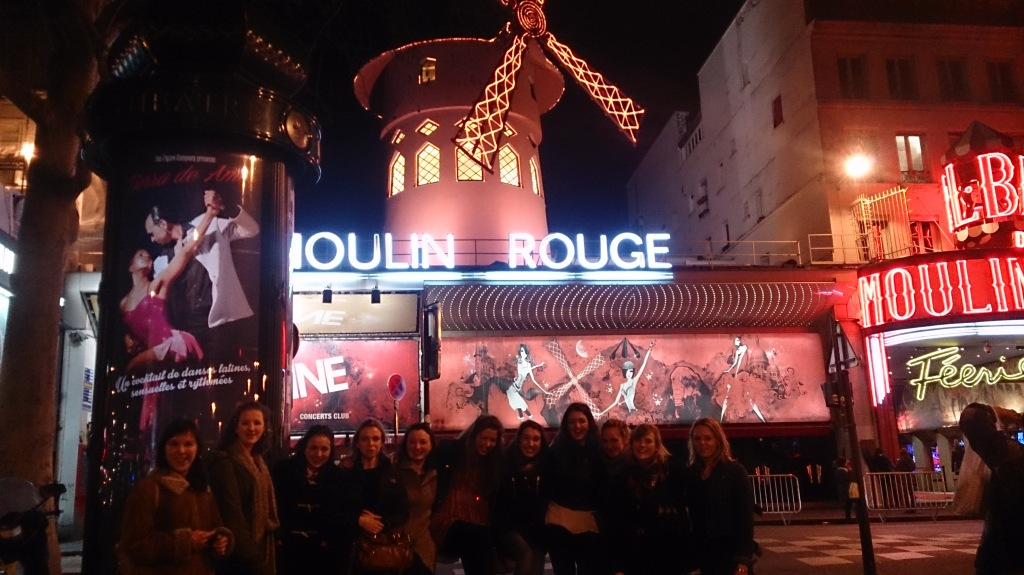 A photo of some of us outside the The Moulin Rouge!