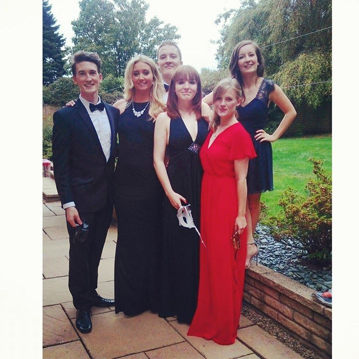 A group photo before the ball