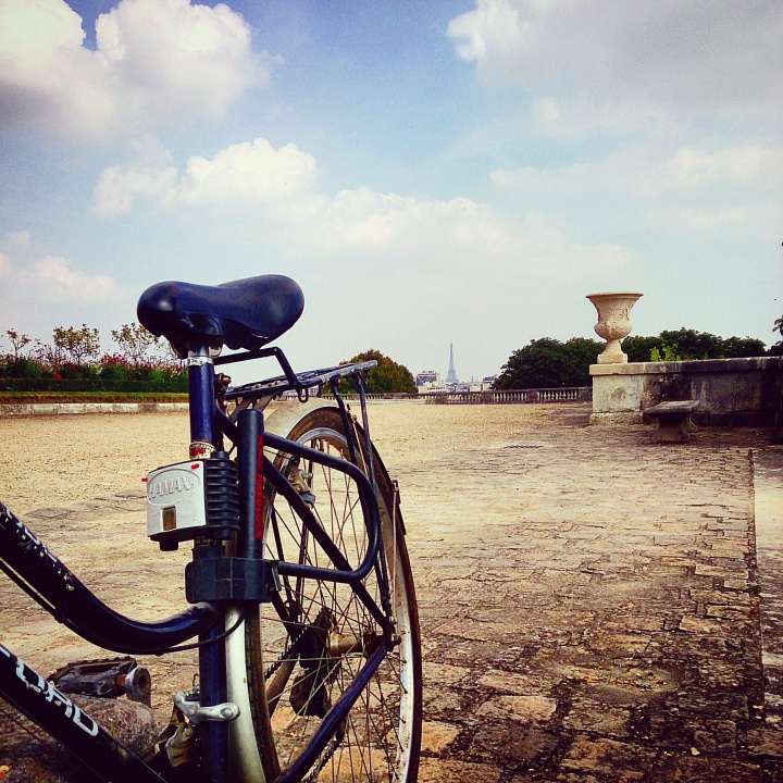 Cycling in Saint-Cloud Park with the most amazing views