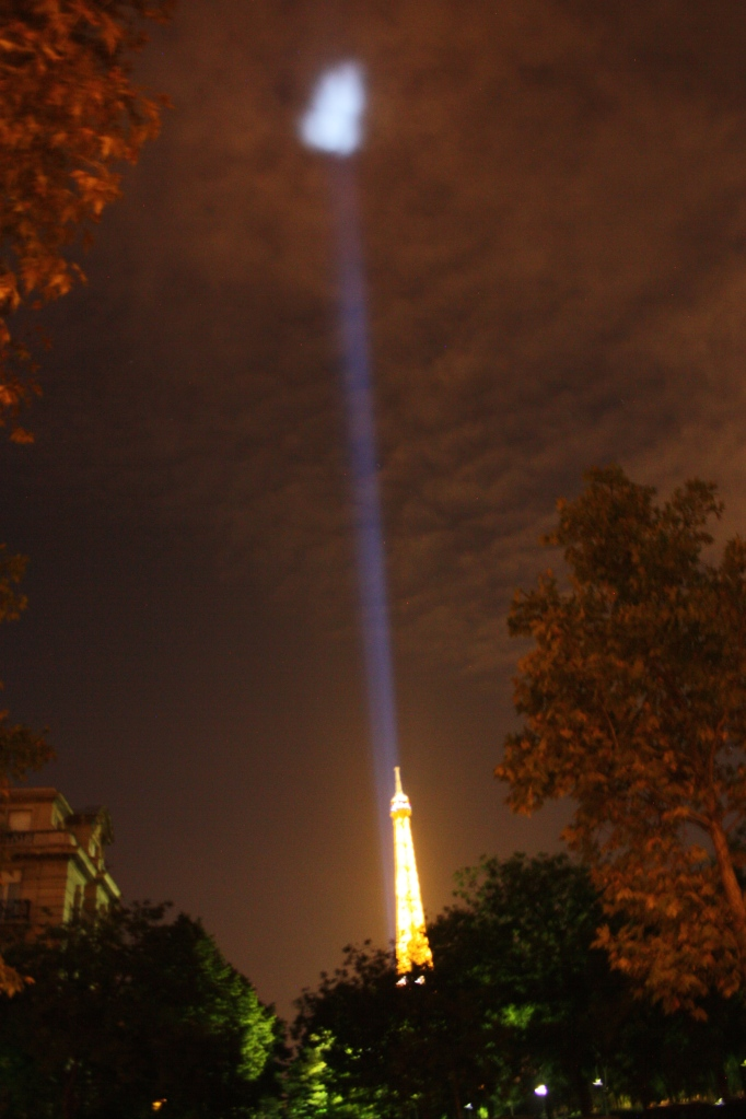 A cool beam of light from the Eiffel Tower