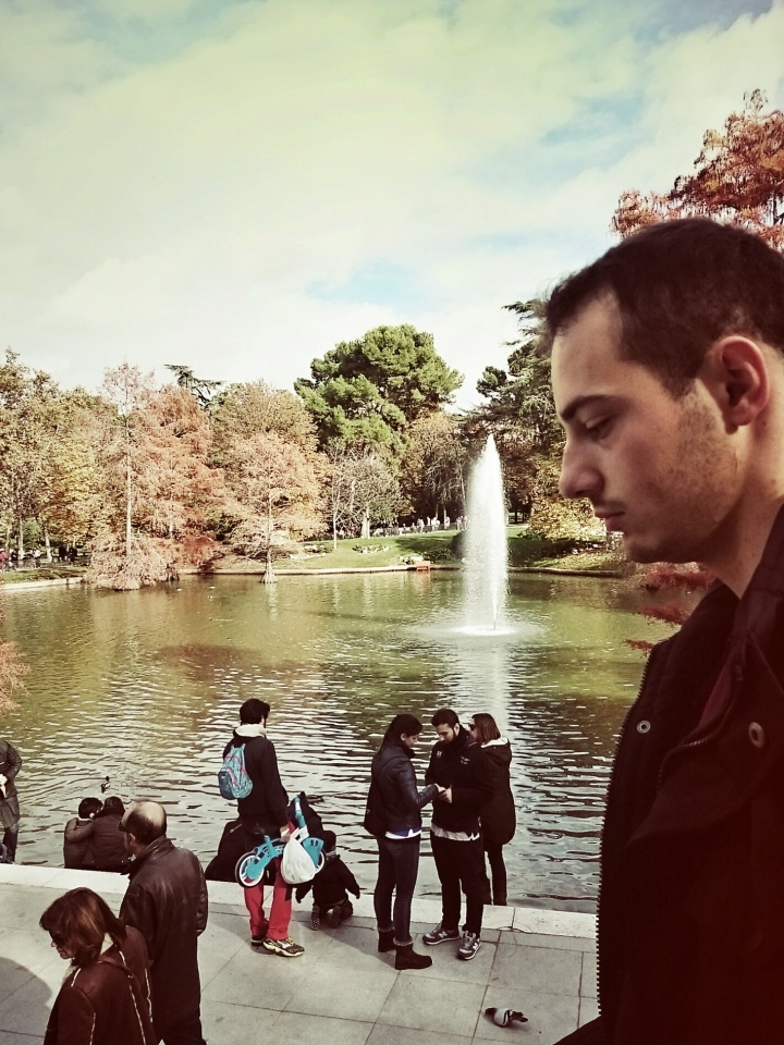 Malek within the Parque del Retiro