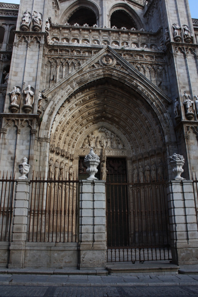 The Catedral Primada Santa María de Toledo, exterior