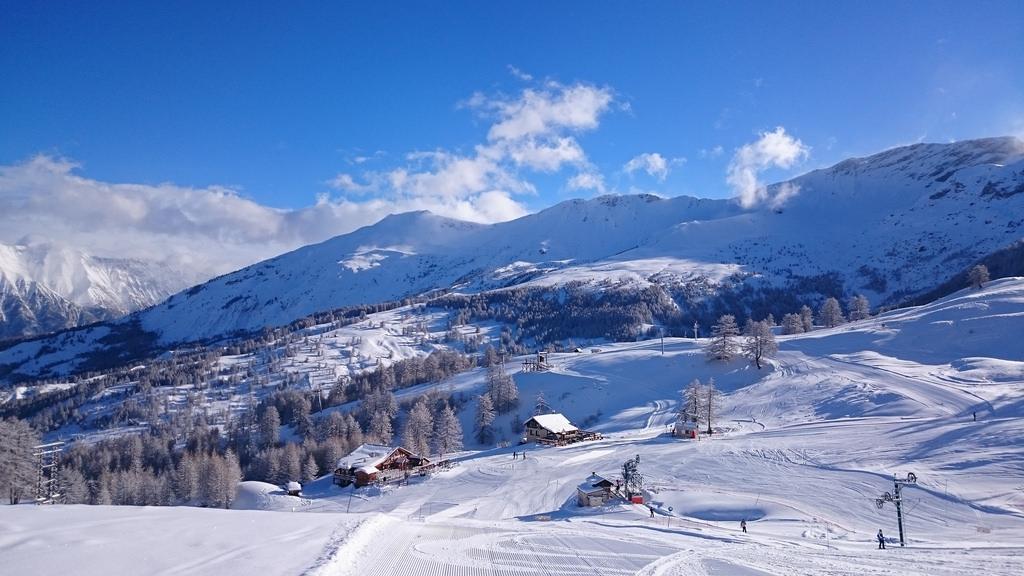 Skiing holiday, 2015