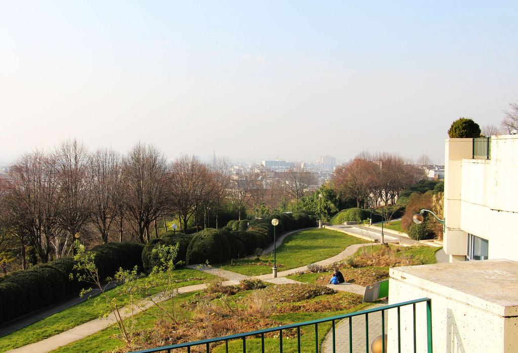 Exploring Belleville and Ménilmontant, Paris