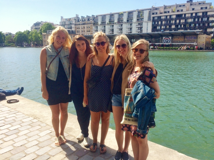 Emily, Paris Au Pair, The Au Pair Series Roisin Grace, Au Pair Guide